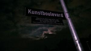 http://robinbischoff.com/files/gimgs/th-42_Kunstboulevard_Nachts_01_v3.jpg